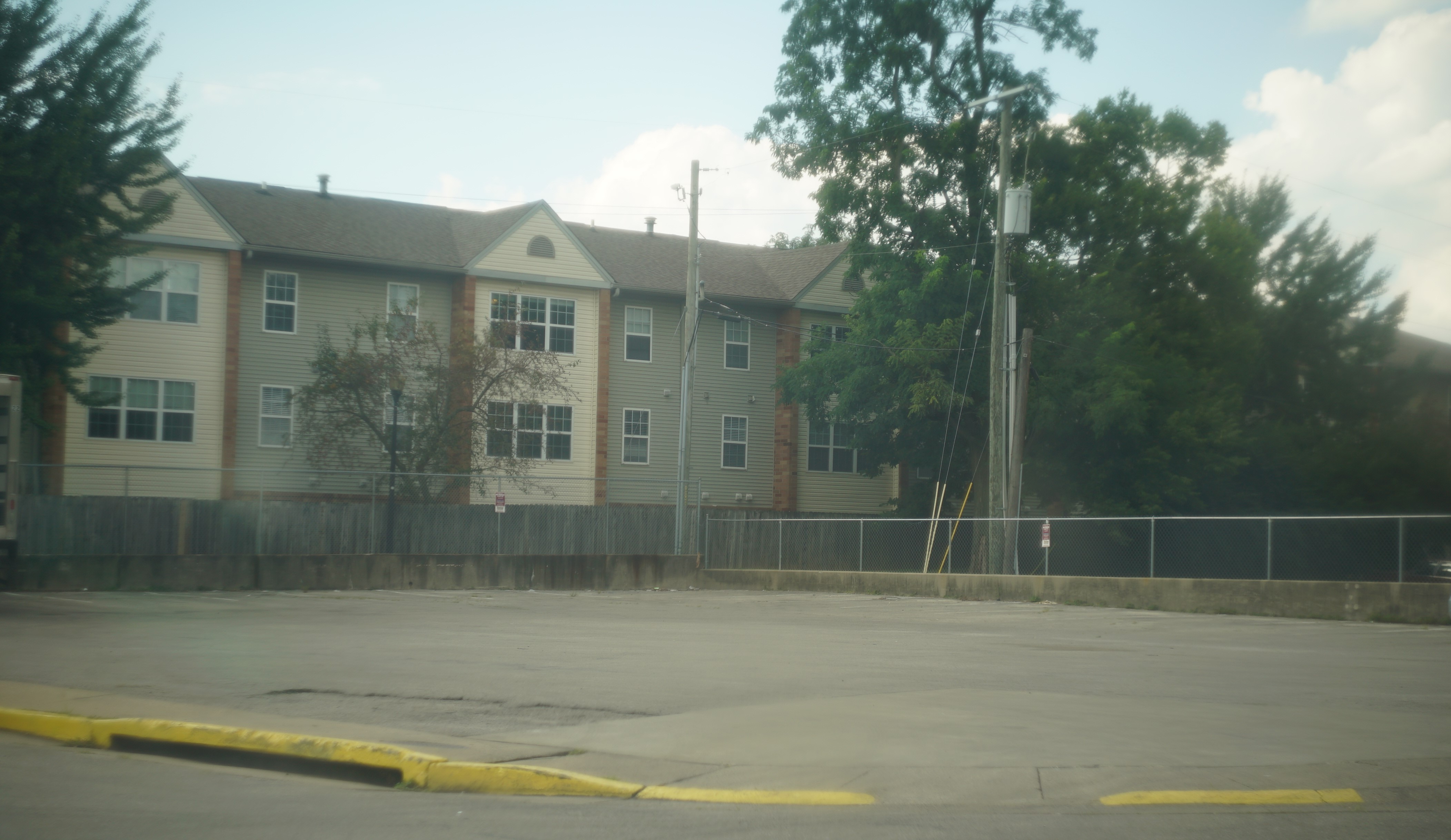 Review of Woodridge Apartments by Anonymous